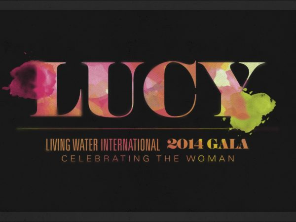 <span>Lucy Gala</span><i>→</i>